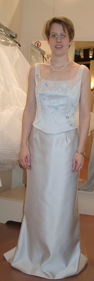 So Finden Sie Das Perfekte Brautkleid Image Konkret Astrid Fiedler